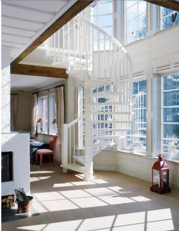 Exterior-moderne-Außentreppe-Spindeltreppe-Weiß