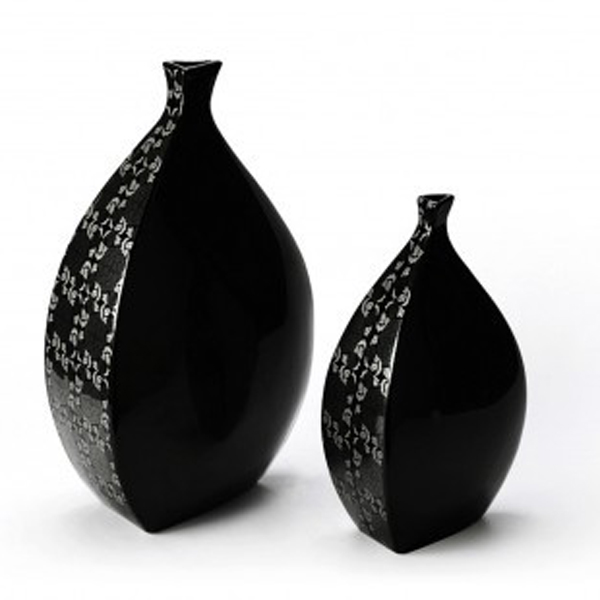 vase-in-schwarz-silber-eckig