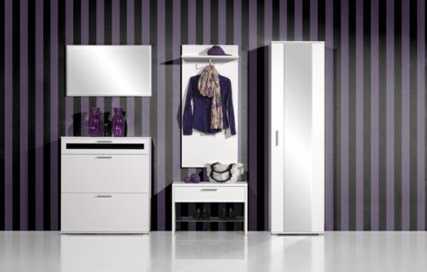 Flur-einrichten-moderne-Möbel-und-Wandgestaltung-mit-Tapeten