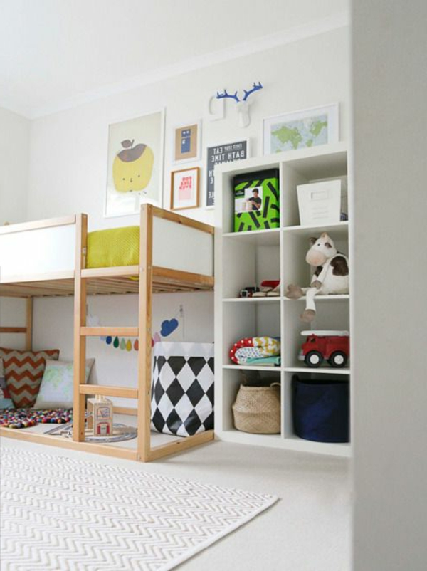 kinderbett mit stufen hhe cm x cm handgemacht in eu aus. Black Bedroom Furniture Sets. Home Design Ideas