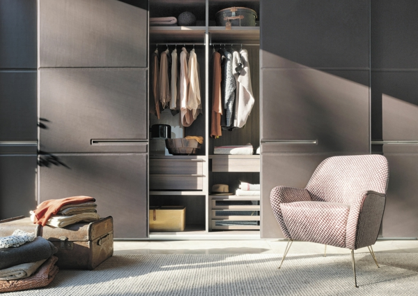 Interior-Design-Ideen-Schiebetüren-Kleiderschrank--