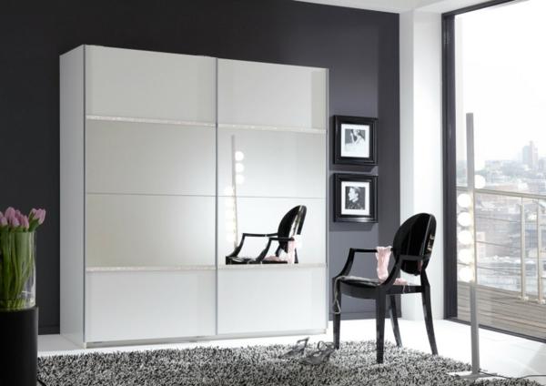 -Kleiderschrank-Weiß-effektvolles-elegantes-Design-schöne-Einrichtungsideen