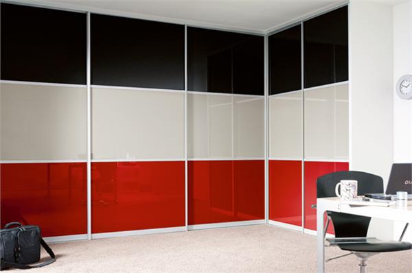 Kleiderschrank-mit-Schiebetüren-schöne-Ideen-für-Interior-Design-in-.drei-Farben
