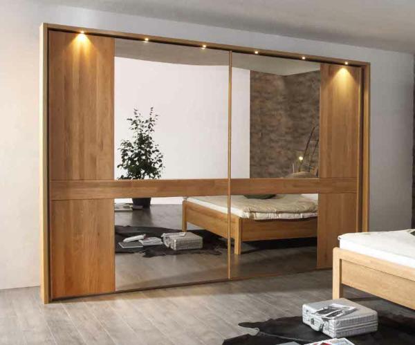Luxus-Kleiderschrank-Schiebetüren-Spiegel-modernes-Interior-Design-Wohnideen