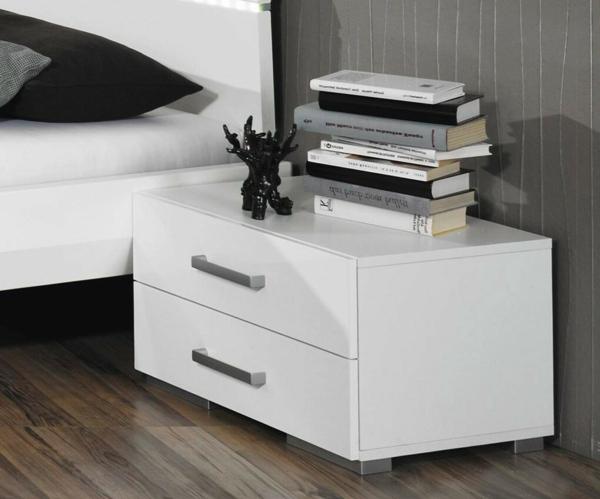 Moderner nachttisch f rs schlafzimmer for Kleines weisses tischchen