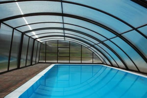 -Pool-Überdachung-moderne-Poolgestaltung-Schwimmbadüberdachungen-