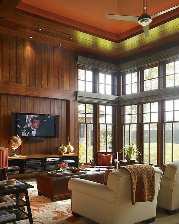 hölzerne wände und orange zimmerdecke  im wohnzimmer