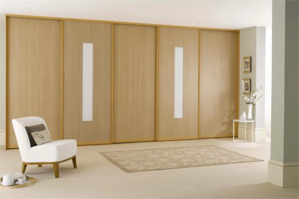 Schiebetüren-aus-Holz-für-Kleiderschrank-schöne-Wohnideen-für-Zuhause