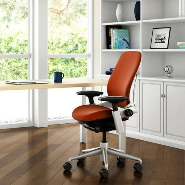 Schreibtischstuhl-in-Orange-perfekt-für-das-Heimbüro