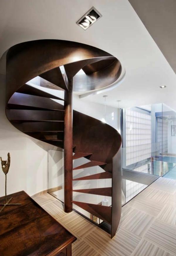 Treppenstufen Holz FUr Ausen ~ Spindeltreppe aus Holz mit einem erstaunlichen Design