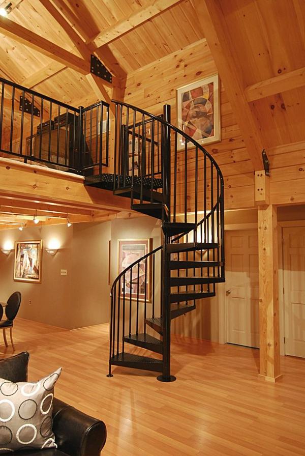 Spiraltreppe--aus-Metall-mit-sehr-schönem-Design