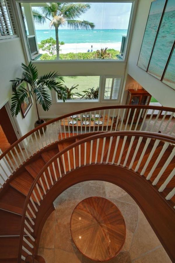Spiraltreppe-mit-Holzstufen-modernes-Design
