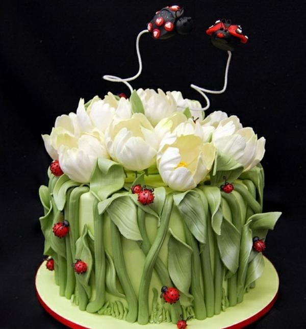 originelles modell von frühling-torte