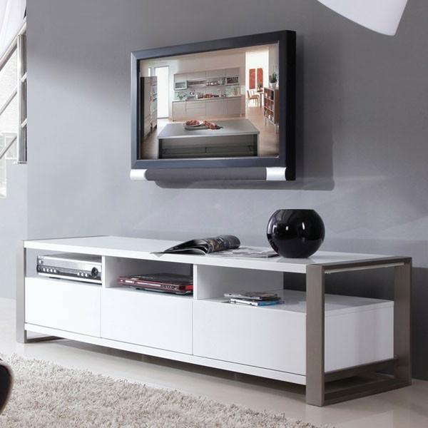 TV-Schrank-aus-Holz-mit-modernem-Design-