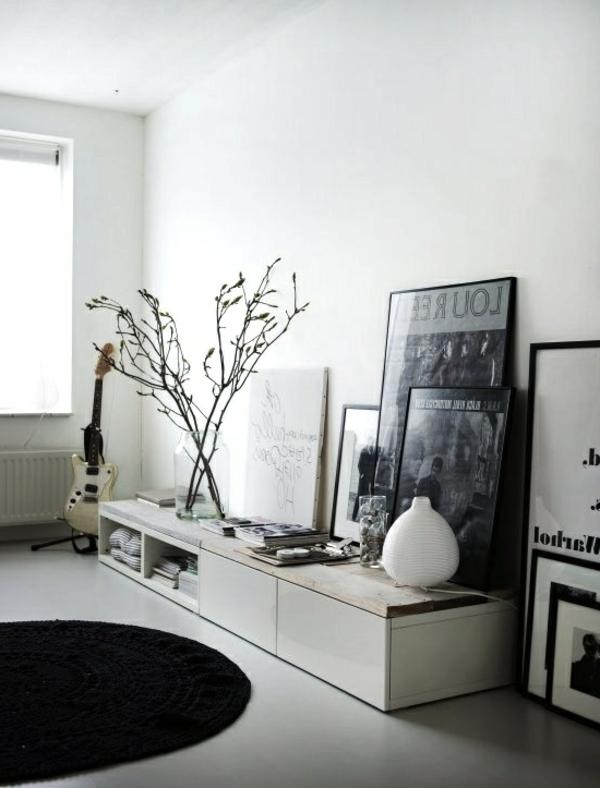 TV-Schrank-aus-Holz-mit-modernem-Design