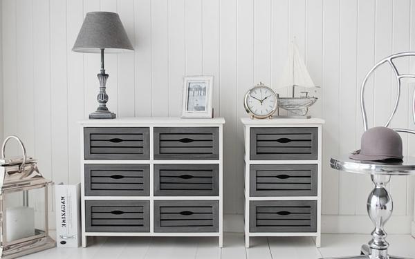 Weiß-und-Grau-Interior-Design-Idee-für-den-Flur