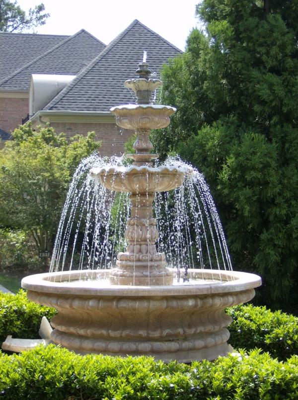 wunderschöne gestaltung vom garten - springbrunnen