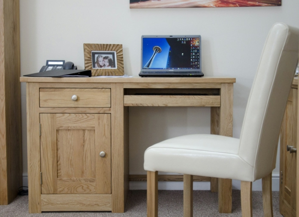 Wohnideen-PC-Tisch-aus-Holz-Interior-Design-Ideen