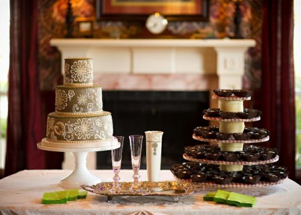 coole torte auf einem feier-tisch