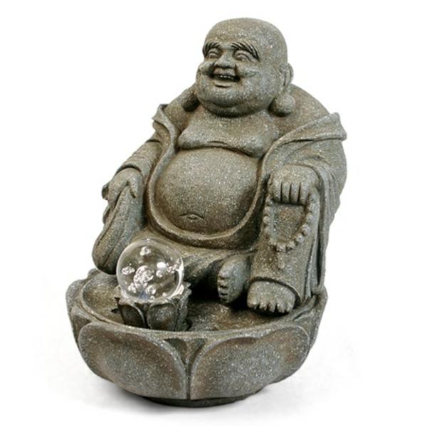 attraktives-design-vom-Buddha-Brunnen-hintergrund-in-weißer-farbe