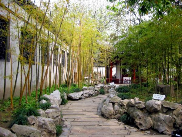 bambus-garten-mit-steinen-wunderschönes-aussehen