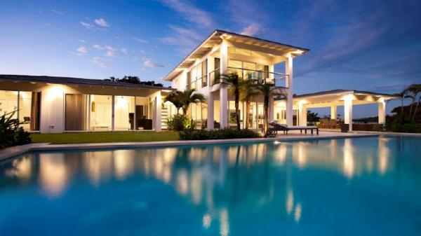 Moderne häuser mit innenpool  Luxus Ferienhaus - 42 Fotos zum Träumen - Archzine.net