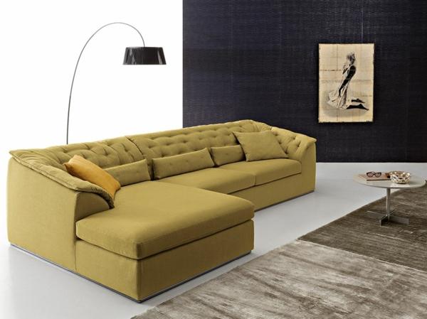 bequeme-couch-gelb-farbe-schöne-einrichtungsideen-für-das-wohnzimmer
