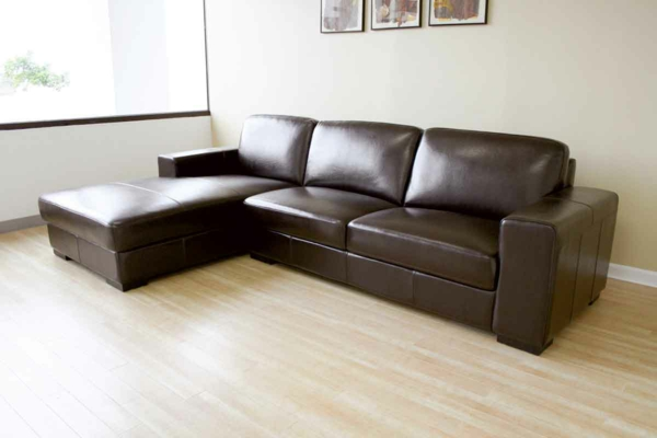 -bequeme--ledercouch-braun-schöne-einrichtungsideen-für-das-wohnzimmer