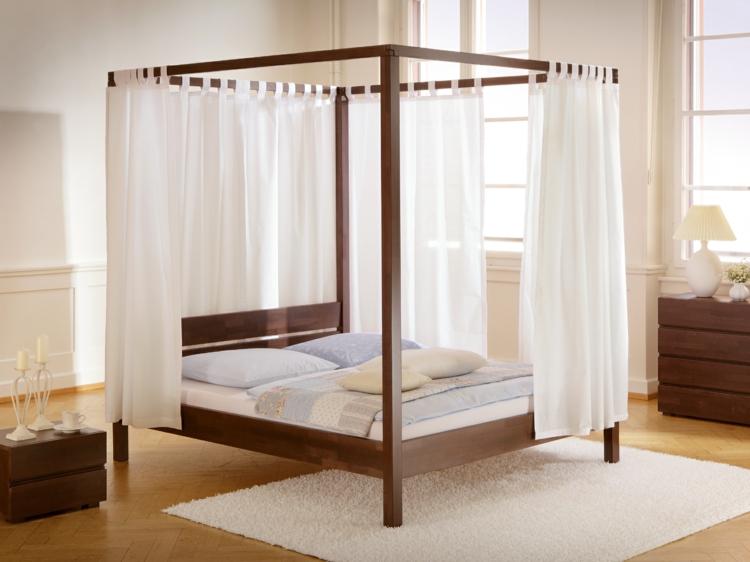 himmelbett aus holz die spektakul rsten ideen. Black Bedroom Furniture Sets. Home Design Ideas