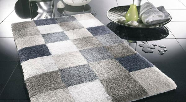 badezimmer-schlicht-edel-graufarben