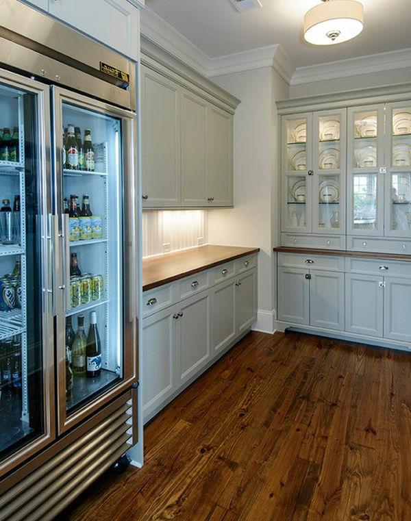 cooler-kühlschrank-mit-glastür-küchengestaltung-