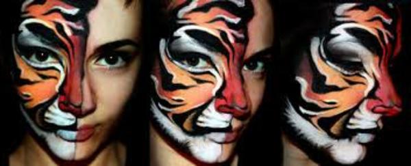 cooles-tiger-schminken-die-hälfte-des-gesichts