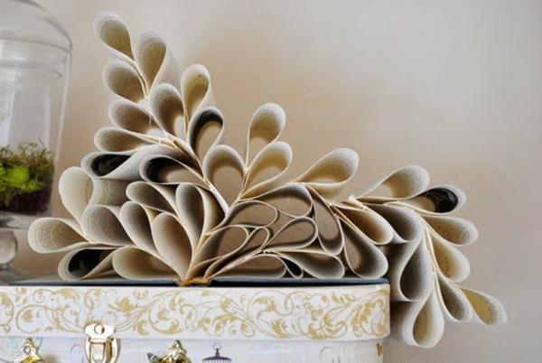 origami-pappier-gefaltet