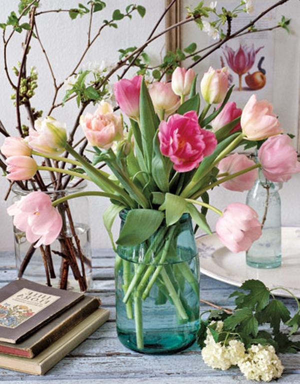 frühlingsstr-aus-tulpen