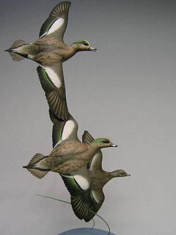 deko-skulpturen-fliegende-enten