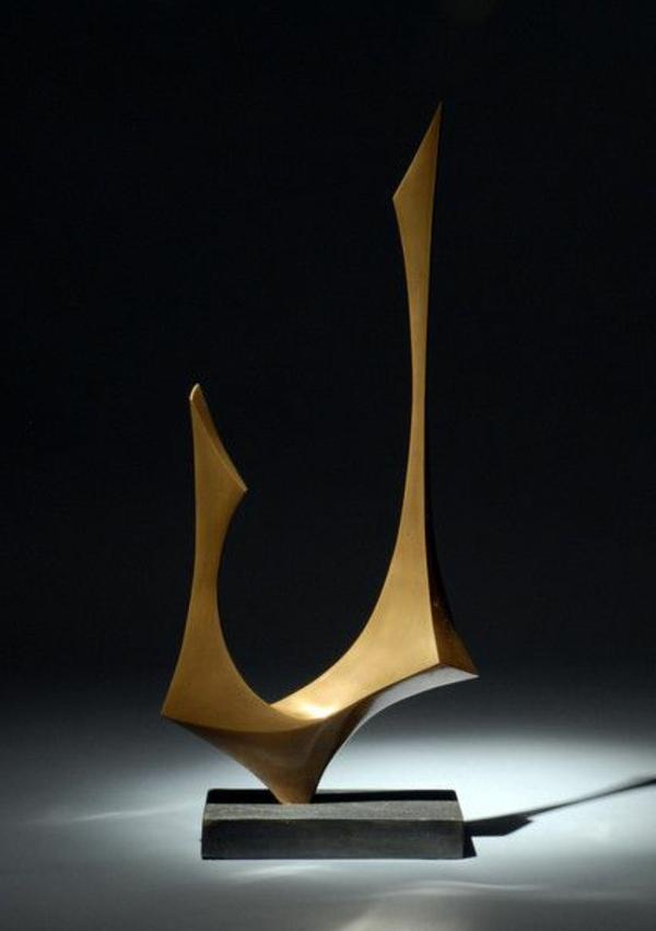 deko-skulpturen-super-interessantes-modell