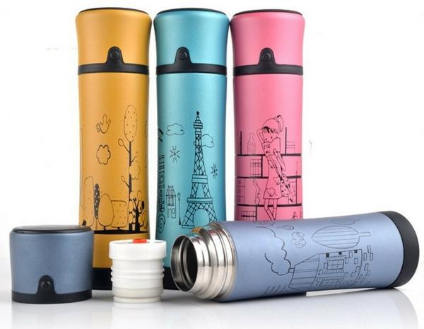 designer-thermoflaschen-mit-zeichnungen