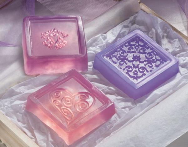 durchschimmernde-rosa-violett