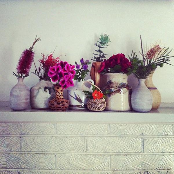 vasen-sammlung-blütenprächtige-deko