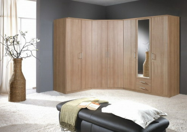 eckschrank im schlafzimmer eine kluge idee. Black Bedroom Furniture Sets. Home Design Ideas
