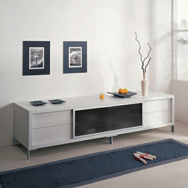 ein-weißer-Fernsehschrank-aus-Holz-effektvolles-Design-Einrichtungsideen-für-das-Wohnzimmer