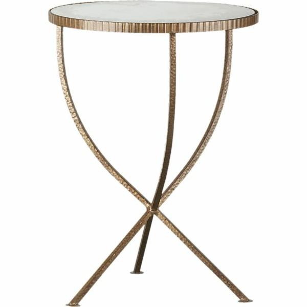 ein kleiner tisch w rde super in ihrem zimmer erscheinen. Black Bedroom Furniture Sets. Home Design Ideas