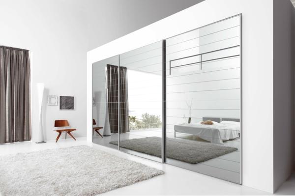 fantastischer-Kleiderschrank-Schiebetüren-Spiegel-modernes-Interior-Design-Wohnideen