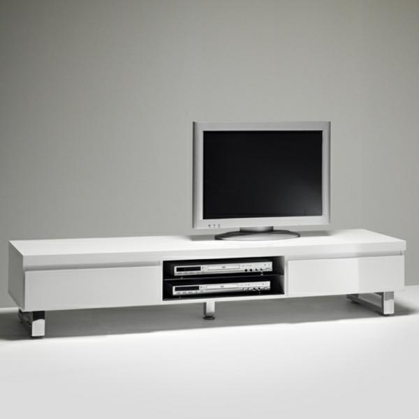 fernsehschrank-weiß-modernes-interior-design-wohnzimmer-gestalten