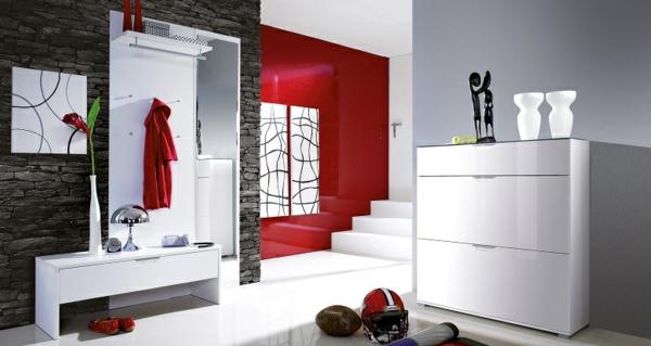 flur-gestalten-dielenmöbel-in-weiß-rote-wandfarbe