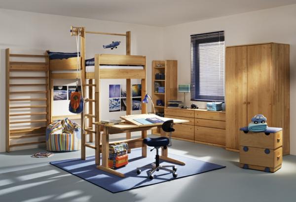 funktionelle-Kinderzimmermöbel-Hochbett-mit-einem-Schreibtisch--