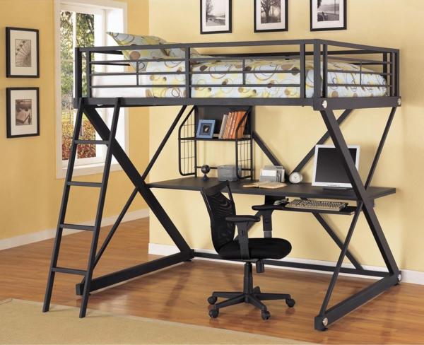 funktionelle--Kinderzimmermöbel-Hochbett-mit-einem-Schreibtisch