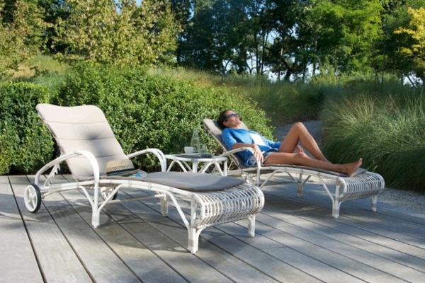 garten-loungemöbel-coole-liegestühle