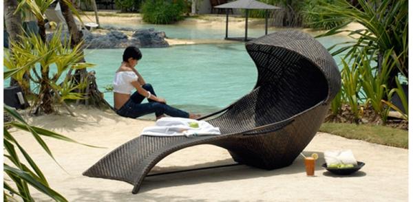 garten-loungemöbel-einmaliger-liegestuhl