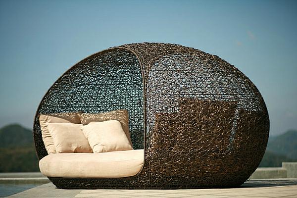 garten-loungemöbel-super-interessantes-überdachtes-bett